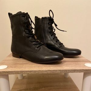 NWOT Frye Short Combat Boots